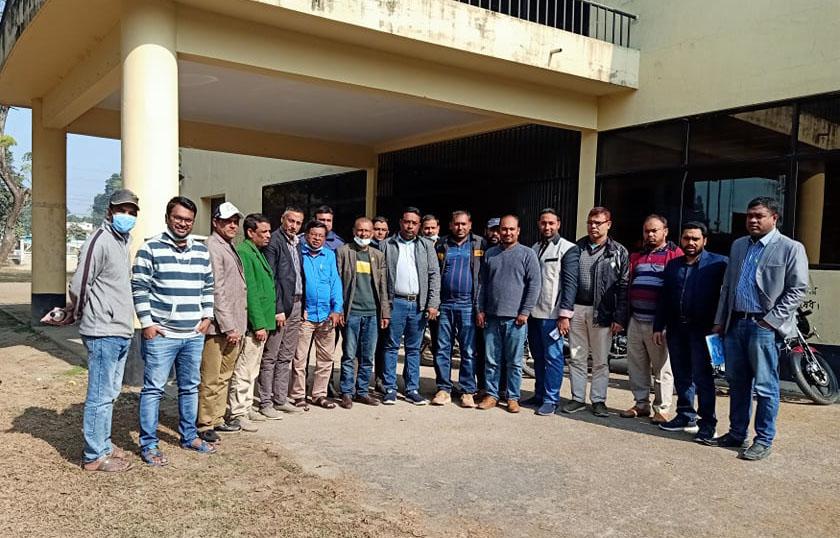 ঠাকুরগাঁও জেলা মাইক্রো ও কার মালিক সমিতি গঠন